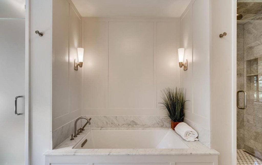 10- Master Bathroom- Bath